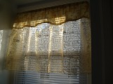 Christmas valance from scrap fabrics