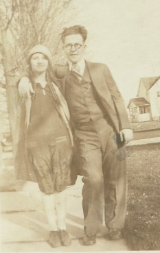Grandmagrandma&uncleBobyouth1