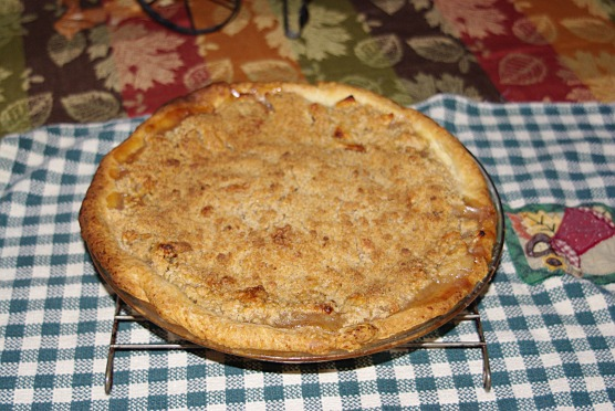 Who can resist the texture of a Dutch apple pie?