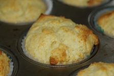sour cream muffins 010