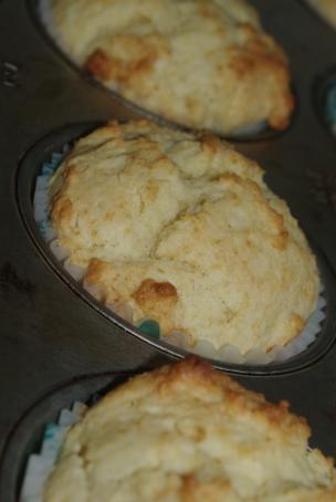 sour cream muffins 013