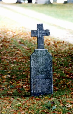 Blog HalloweenCemetery Fall 3